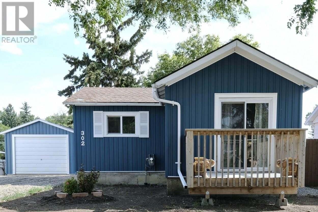 House for sale at 302 6th Ave W Rosetown Saskatchewan - MLS: SK823586