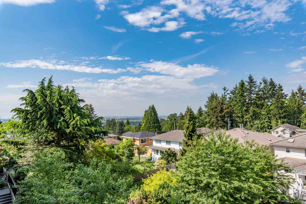 For Sale: 302 - 7727 Royal Oak Avenue, Burnaby, BC | 2 Bed, 2 Bath Condo for $620,000. See 20 photos!