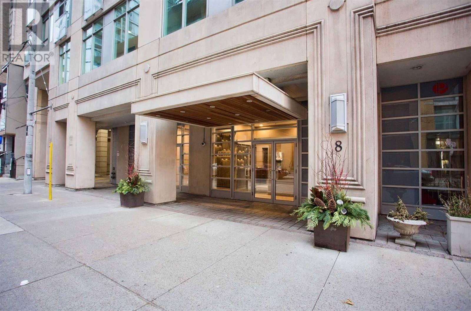 Apartment for rent at 8 Scollard St Unit 302 Toronto Ontario - MLS: C4649287