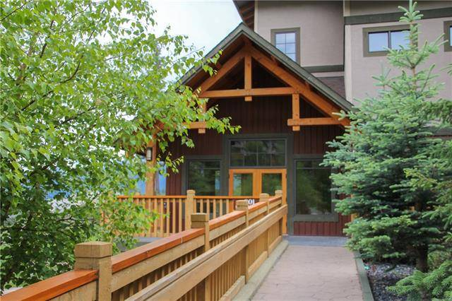 Buliding: 801 Benchlands Trail, Canmore, AB