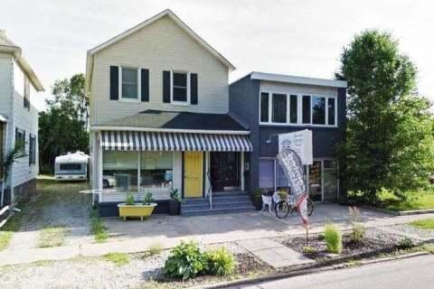 House for sale at 302 Davis St Sarnia Ontario - MLS: X4947540