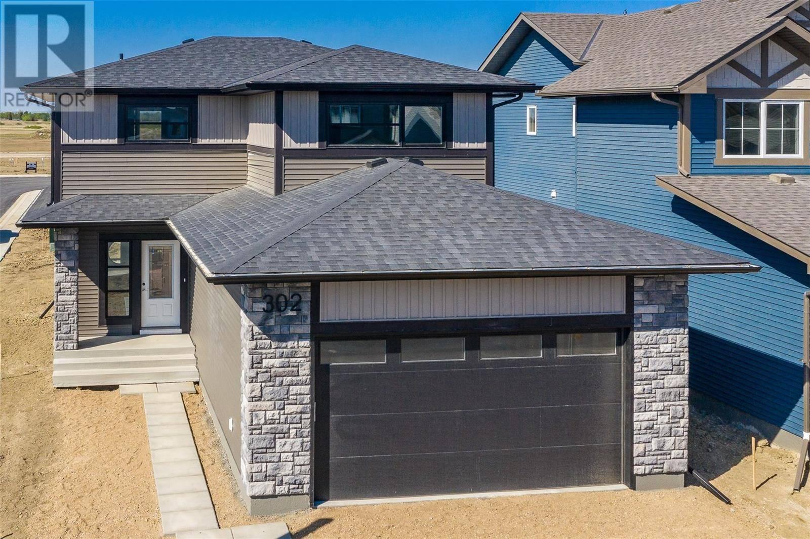 House for sale at 302 Germain Mnr  Saskatoon Saskatchewan - MLS: SK789055