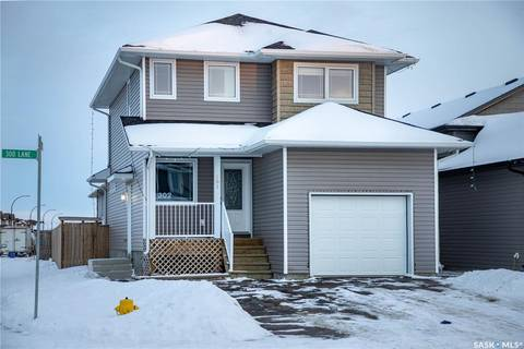House for sale at 302 Henick Ln Saskatoon Saskatchewan - MLS: SK798510
