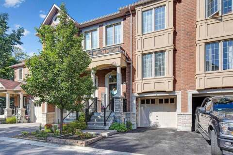 Townhouse for sale at 302 Humeniuk Ct Newmarket Ontario - MLS: N4925406