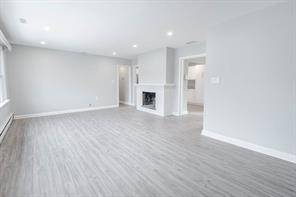 Apartment for rent at 302 Maple (upper Floor) Ave Oakville Ontario - MLS: O4680152
