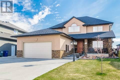 House for sale at 302 Trimble Cres Saskatoon Saskatchewan - MLS: SK771613