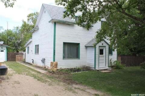 House for sale at 302 Washington Ave Hanley Saskatchewan - MLS: SK811143