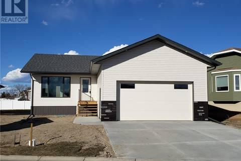 House for sale at 302 Willow Pl Outlook Saskatchewan - MLS: SK799363