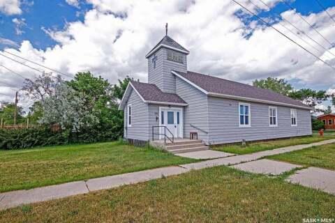 House for sale at 302 Young St Bienfait Saskatchewan - MLS: SK804100