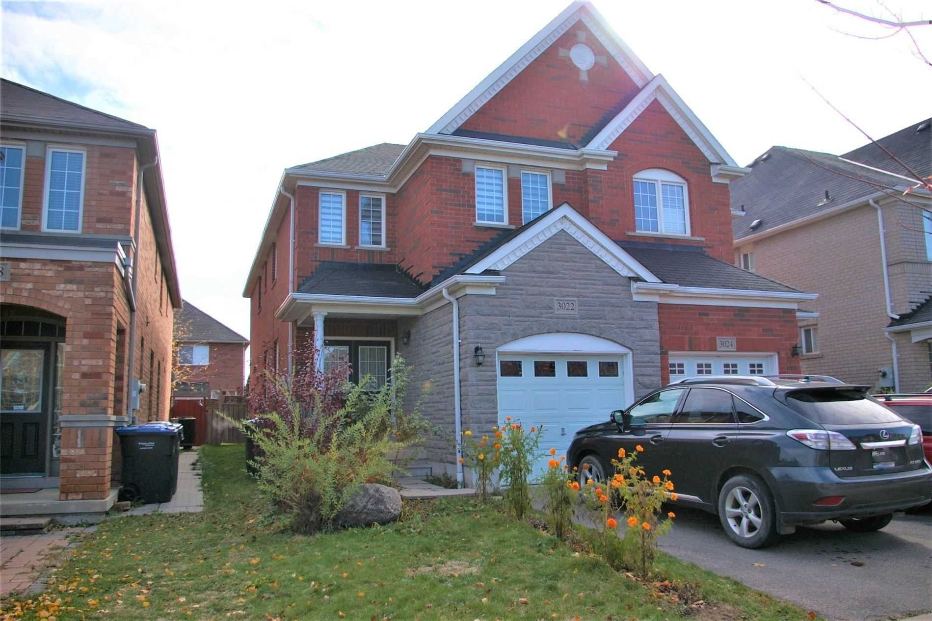 Townhouse for rent at 3022 Mission Hill Dr Mississauga Ontario - MLS: W4963392