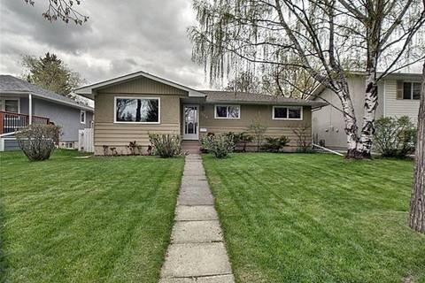 House for sale at 3024 Brentwood Blvd Northwest Calgary Alberta - MLS: C4246251
