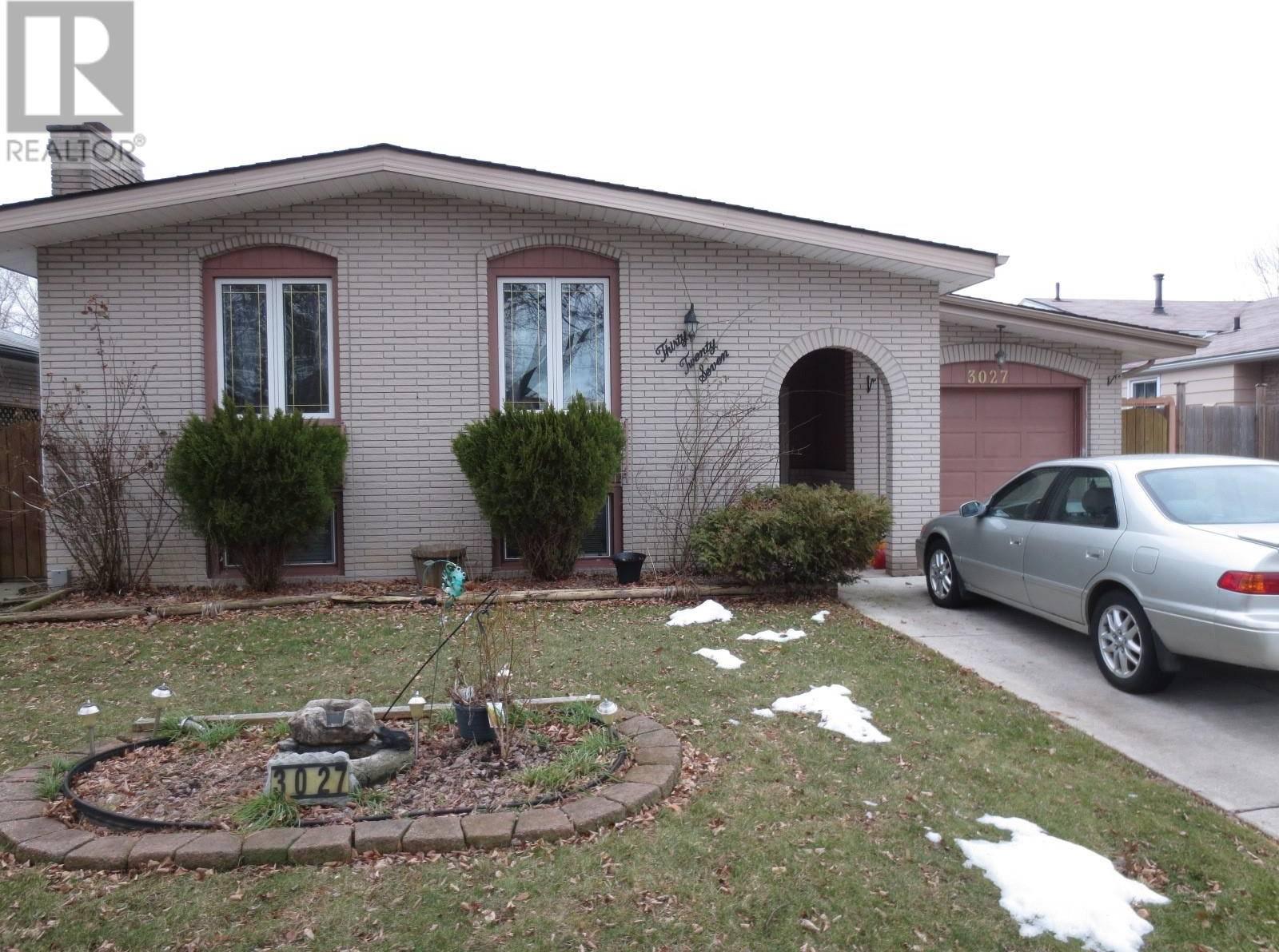 House for sale at 3027 Regis  Windsor Ontario - MLS: 20002091