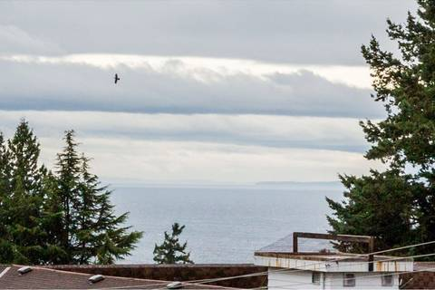 Condo for sale at 1437 Foster St Unit 303 White Rock British Columbia - MLS: R2411642