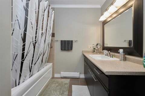 Condo for sale at 166 Owen St Unit 303 Barrie Ontario - MLS: S4855267