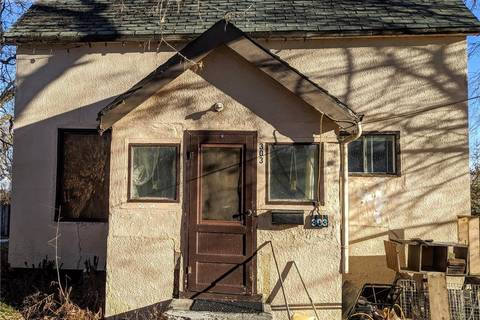 House for sale at 303 1st St E Delisle Saskatchewan - MLS: SK794187