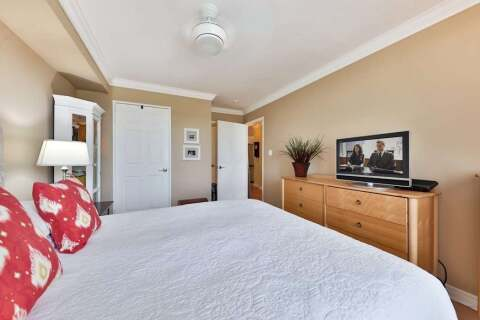 Condo for sale at 2301 Parkhaven Blvd Unit 303 Oakville Ontario - MLS: W4953134
