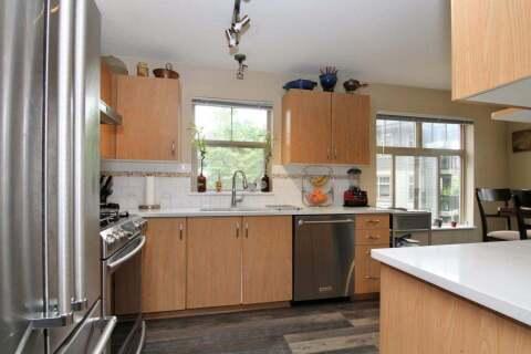 Condo for sale at 2988 Silver Springs Blvd Unit 303 Coquitlam British Columbia - MLS: R2459177