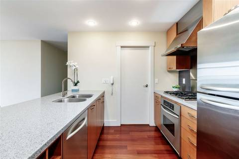 Condo for sale at 3315 Cypress Pl Unit 303 West Vancouver British Columbia - MLS: R2426360