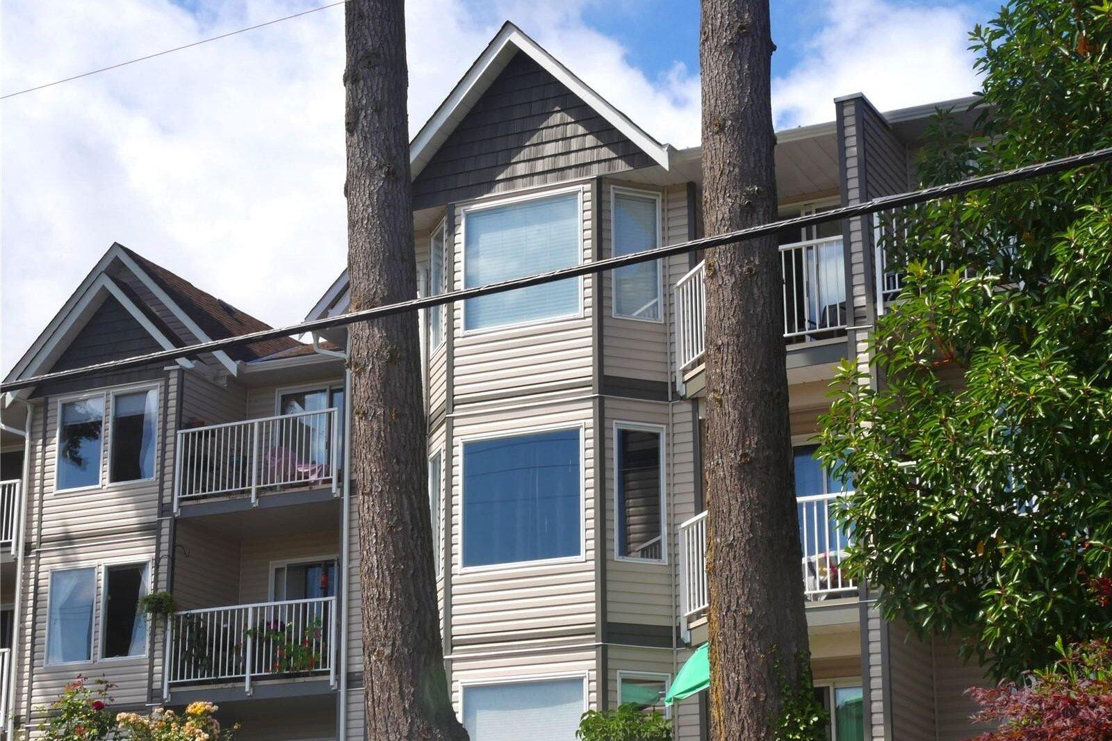 Condos at 3000 Oak Street, Chemainus | Zolo.ca