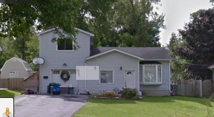 House for sale at 303 Annshiela Dr Georgina Ontario - MLS: N4500270