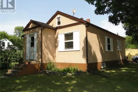 House for sale at 303 Cotter St S Kamsack Saskatchewan - MLS: SK739613