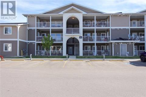 Townhouse for sale at 303 Southlands Pointe  Se Medicine Hat Alberta - MLS: mh0164389