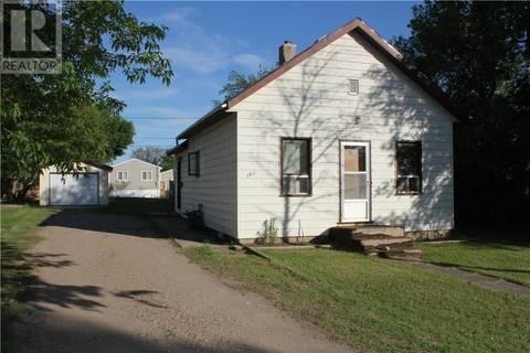House for sale at 303 Washington Ave Hanley Saskatchewan - MLS: SK755762