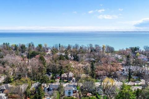 Home for sale at 3030 South Dr Burlington Ontario - MLS: W4752637