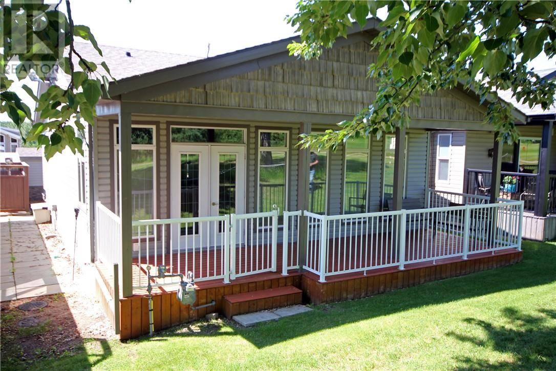 House for sale at 25074 Lake Rd South Unit 3032 Red Deer County Alberta - MLS: ca0172908