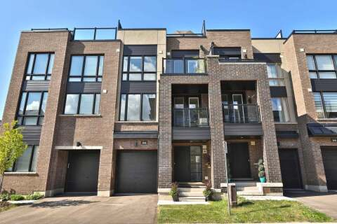 Townhouse for sale at 3036 Blacktusk Common  Oakville Ontario - MLS: W4895144
