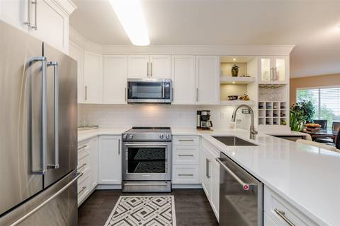 Condo for sale at 1369 George St Unit 304 White Rock British Columbia - MLS: R2407381