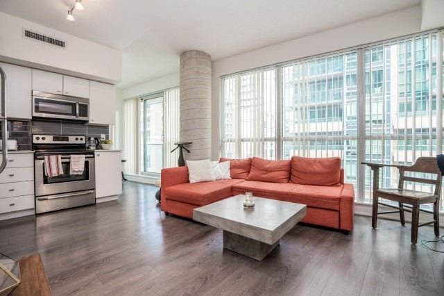 For Sale: 304 - 150 East Liberty Street, Toronto, ON | 1 Bed, 1 Bath Condo for $499,000. See 20 photos!