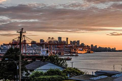 Condo for sale at 2366 Wall St Unit 304 Vancouver British Columbia - MLS: R2383373