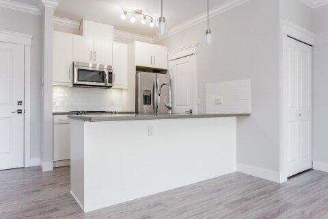 Condo for sale at 2389 Hawthorne Ave Unit 304 Port Coquitlam British Columbia - MLS: R2519772