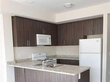 Apartment for rent at 276 Gatwick Dr Unit 304 Oakville Ontario - MLS: W4458077
