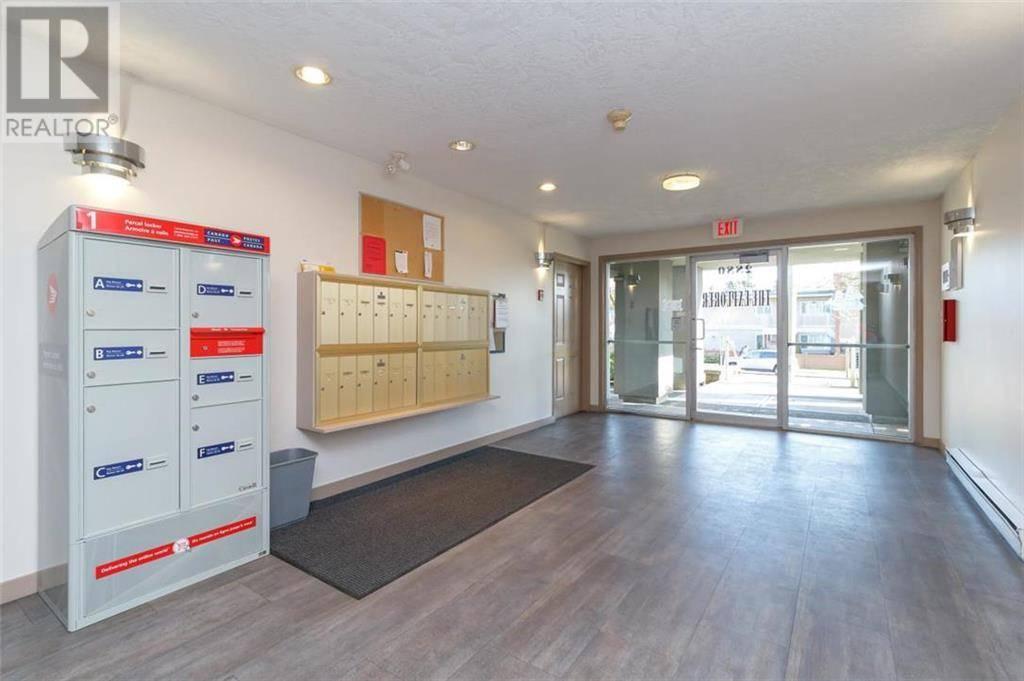 Condo for sale at 2880 Quadra St Unit 304 Victoria British Columbia - MLS: 421162