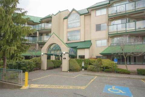 Condo for sale at 2962 Trethewey St Unit 304 Abbotsford British Columbia - MLS: R2493624