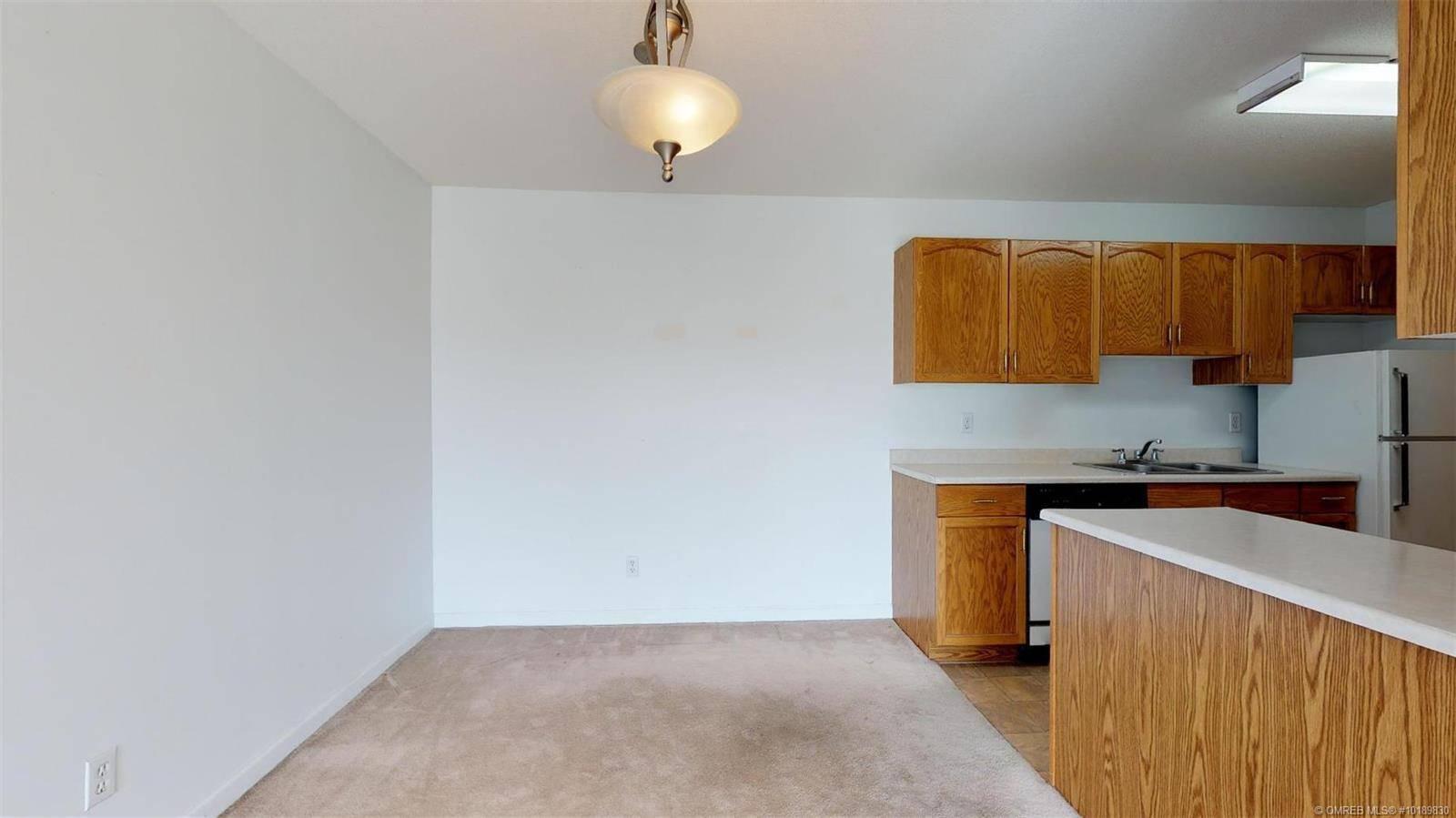 Condo for sale at 769 Klo Rd Unit 304 Kelowna British Columbia - MLS: 10189830