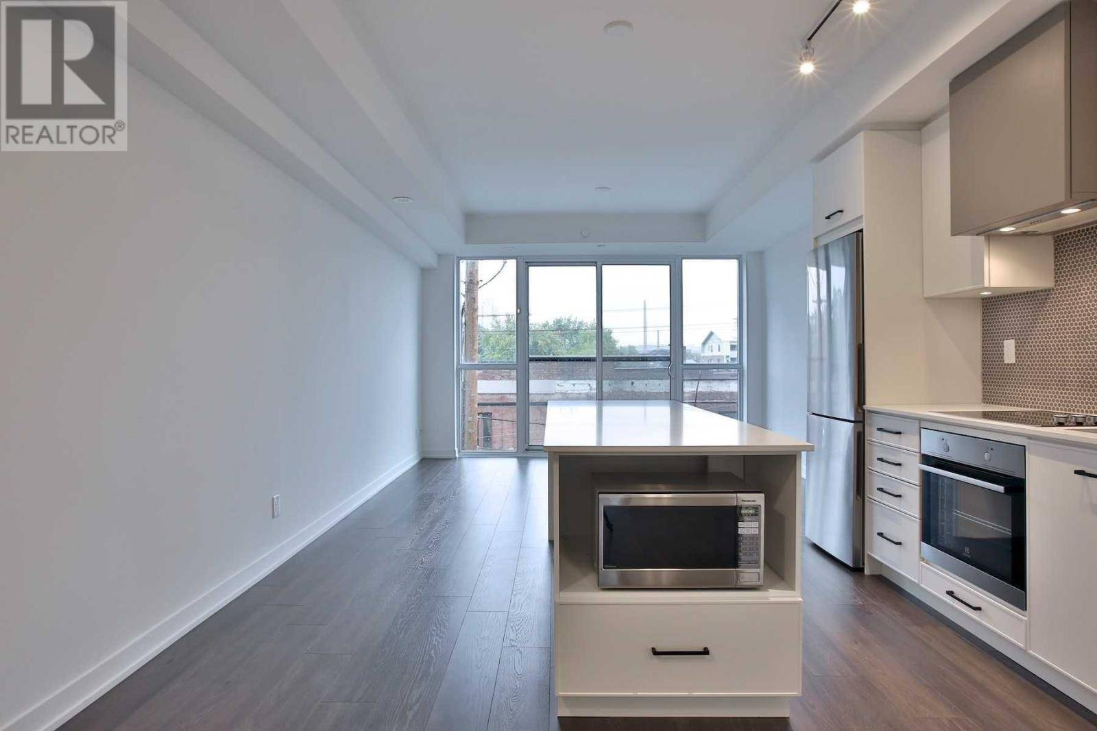 Apartment for rent at 899 Queen St East Unit 304 Toronto Ontario - MLS: E4653107