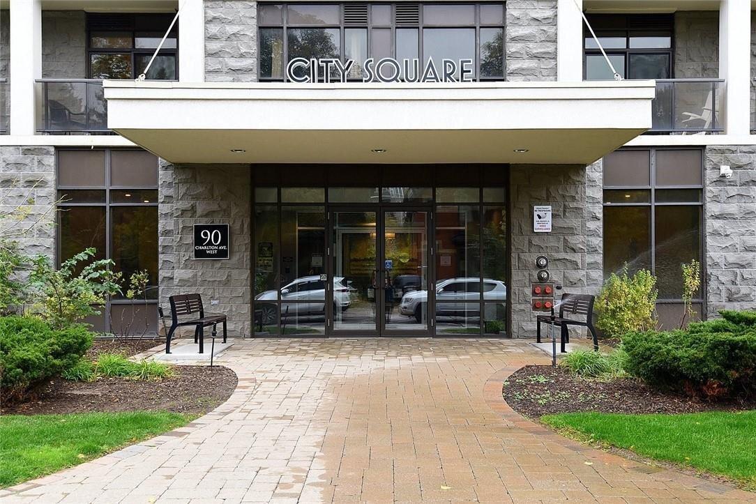 Condo for sale at 90 Charlton Ave W Unit 304 Hamilton Ontario - MLS: H4091844