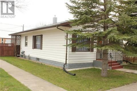 House for sale at 304 Brownlee St Herbert Saskatchewan - MLS: SK771872
