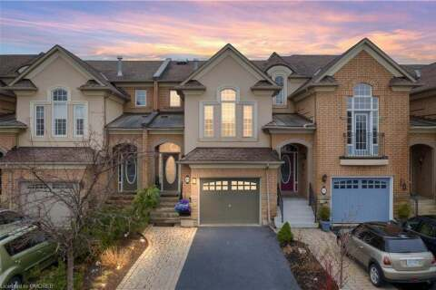 Townhouse for sale at 304 Creek Path Ave Oakville Ontario - MLS: 30811353