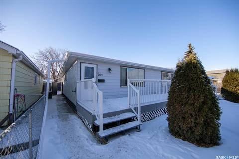 Townhouse for sale at 304 St John St Regina Saskatchewan - MLS: SK796051