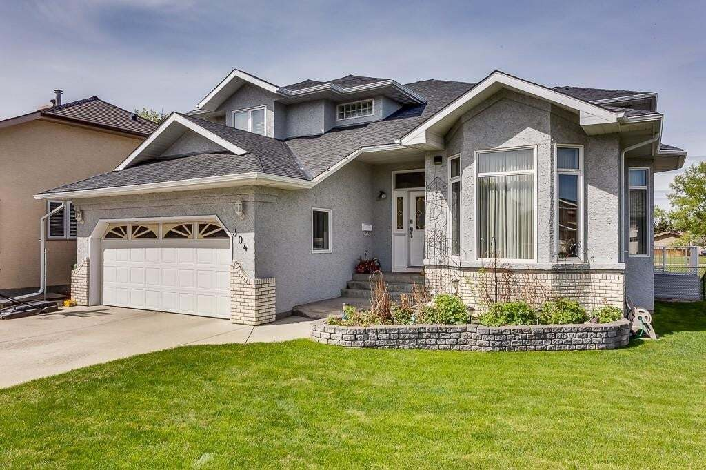 House for sale at 304 Waterstone Cr SE Waterstone, Airdrie Alberta - MLS: C4290141