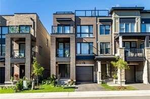 Townhouse for sale at 3044 Silvertip  Oakville Ontario - MLS: O4907743