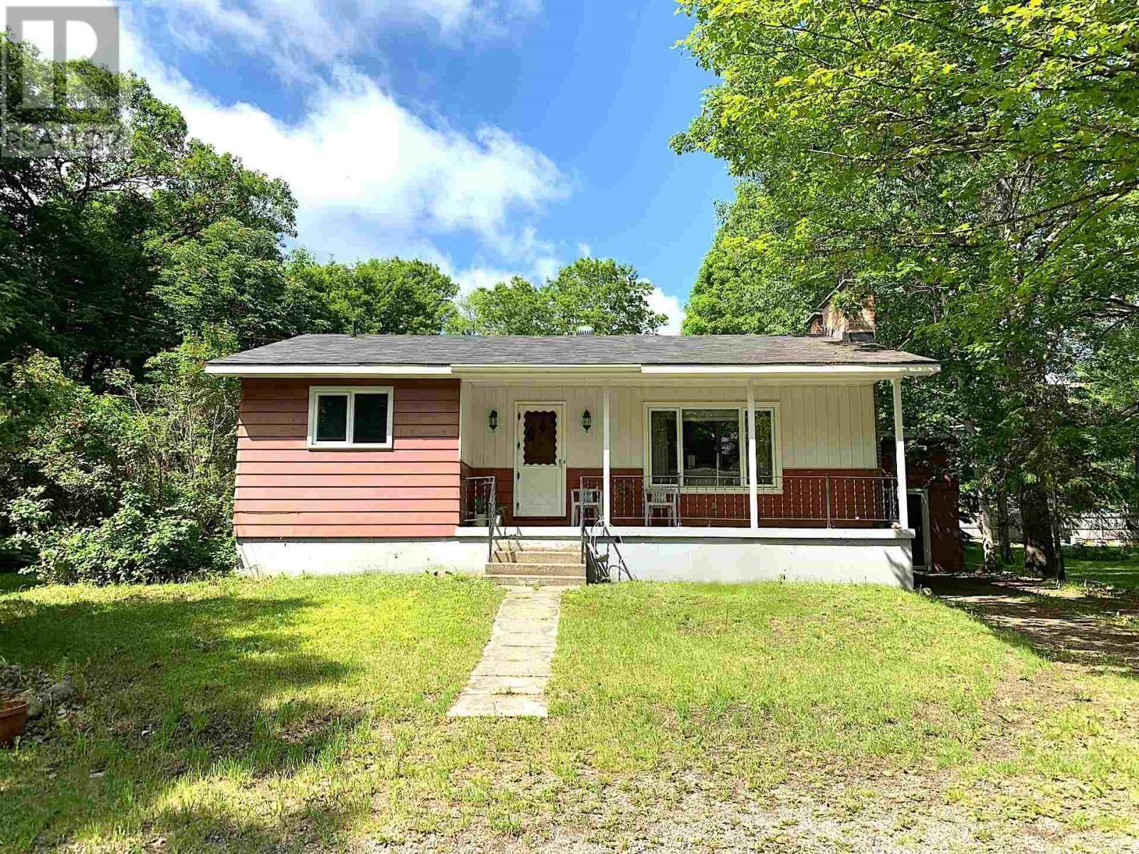 House for sale at 3045 Canoe Point Rd Hilton Beach Ontario - MLS: SM126095