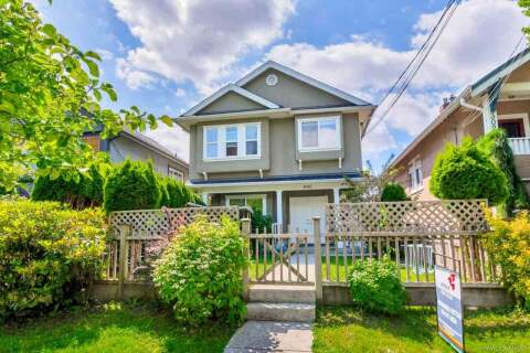 Townhouse for sale at 3045 Victoria Dr Vancouver British Columbia - MLS: R2457185
