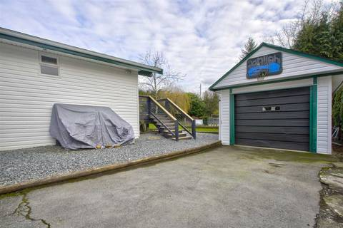 House for sale at 30480 Malquist Ave Mission British Columbia - MLS: R2438035