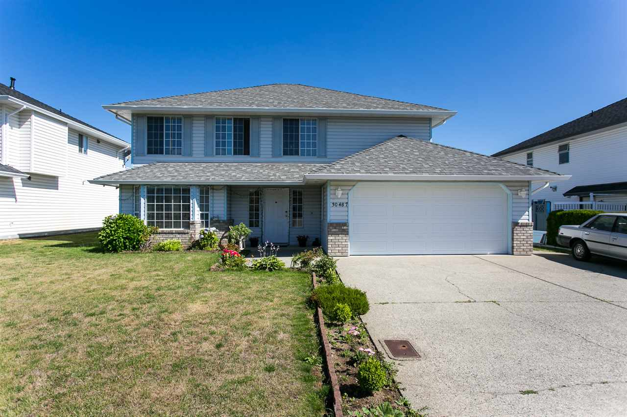 For Sale: 30487 Sandpiper Drive, Abbotsford, BC | 5 Bed, 3 Bath House for $799,700. See 20 photos!