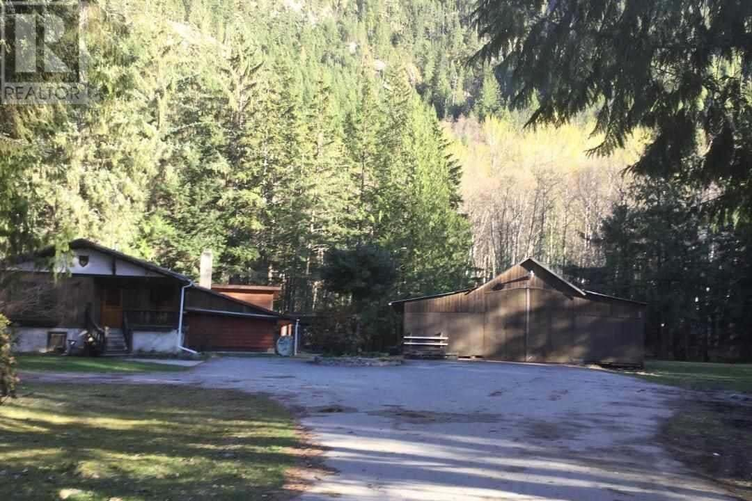 House for sale at 3049 Mackenzie Hy Bella Coola British Columbia - MLS: R2447357